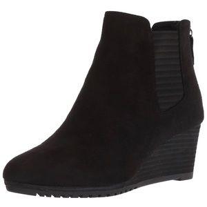 Dr Scholl's Black Critic Chelsea Boot Size 6